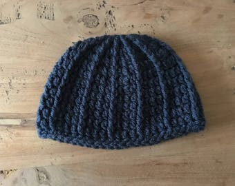 Crochet hat with cable
