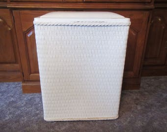 Vintage White Wicker HAMPER with Padded cover ; Laundry Hamper, Clothes Hamper ;  60's or 70s ??