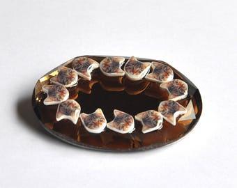 Grande broche Chats précieux sur diamant marron de style vintage kitsch