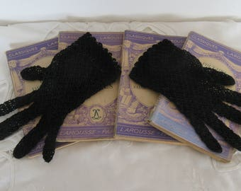 Delicate Crocheted Hand Made Black Lace Gloves, Cotton Crochet Gloves, Costume Gloves, Romantic Gloves - French Fashion