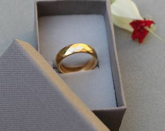 18K Gold Wedding Band, Solid Gold Wedding Band, Gold for women, Raw wedding ring, Raw gold ring, popular wedding bands