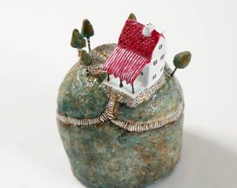 The Red Roof Mountain Inn | Miniature | Diorama | Dream Island | Mixed Media | Paper Mache
