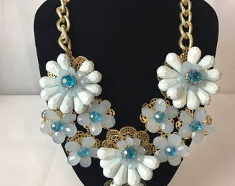 Stunning Resin Blue Coloured Beaded Necklace