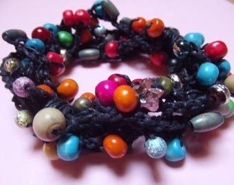 Bracelet crochet and beads