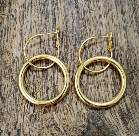 Golden Boho Hoop Earrings • Luna Earrings • Gold plated brass • Dangle and drop handmade earrings • Hoop closure  • Circle Earrings