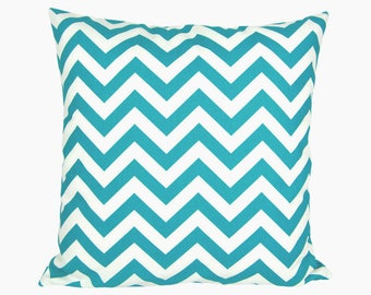 Pillowcase CHEVRON turquoise white zigzag stripes graphically 40 x 40 cm