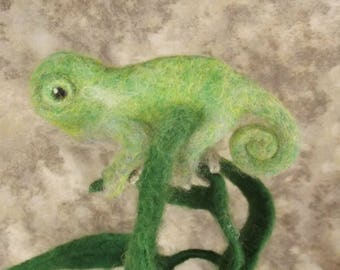 Needle felted Animal, needle felted chameleon, Chameleon, Needle felted Lizard, Needle felted sculpture