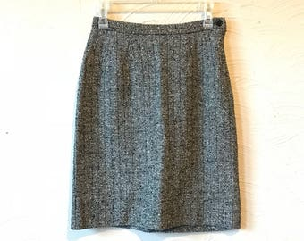 vintage herringbone twill knit skirt- size x small/small