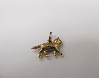 Vintage 14kt Yellow Gold Kitty Cat Charm-WJ101