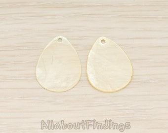 PDT1713-LY // Mother of Pearl Light Yellow Teardrop Pendant, 4Pc