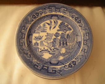 4 vtge blue willow butter plates-Buffalo China-kitchen and dining-serving pieces-home decor-blue willow collection-