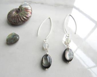 Black Mother of Pearl and Moonstone Long Earrings | Leaf&Luna