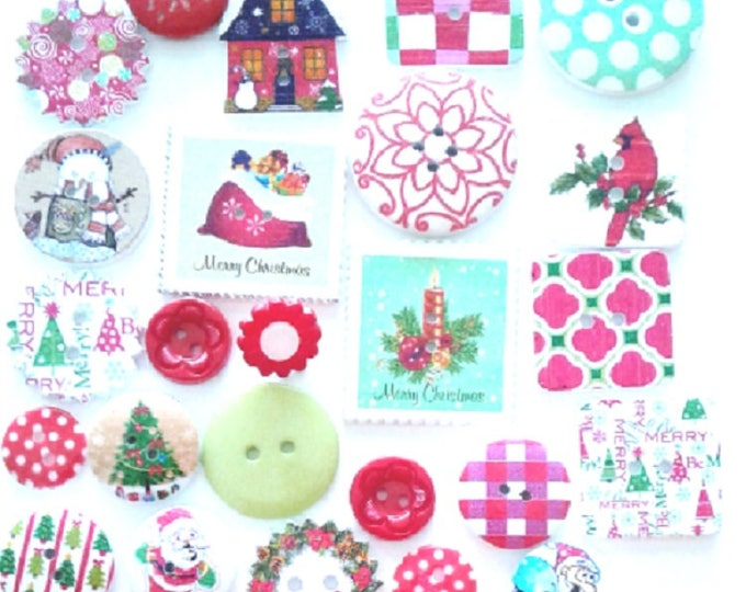 25 Mixed sized Christmas buttons