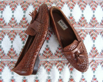 ON SALE Woven Brown Leather Loafers Size 9 Slip On Flats Leather Tassel