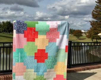 Christmas Quilt | Holiday Quilt | Modern Quilt Throw | Handmade Quilt | Cobblestone Quilt | Plus Sign Quilt