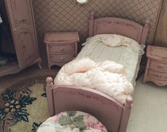 Hand painted dollhouse bed and 2 side dressers