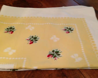 Vintage Yellow Red Roses Large Square Tablecloth Cotton/Linen 1950's Excellent!