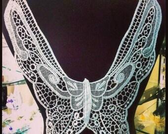 1 x large 37 cm X 28 cm tie back white guipure lace applique