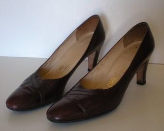 "Ferragamo Heels Vintage Ladies Shoes Supple Leather 3"" heel Brown 10 AAA"