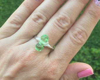 Ring size 8.5 - green bead with silver tone wire