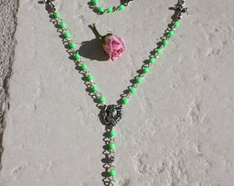 "Rosary ""Rosary"" in neon green faceted beads"