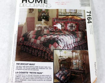 Quilting Pattern -The Biscuit Quilt, King, Full and Twin Sizes, McCall's 7164, Uncut and Complete with Instructions