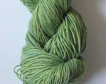 Hand dyed yarn, natural dye, green with blue undertone, merino single, sock weight