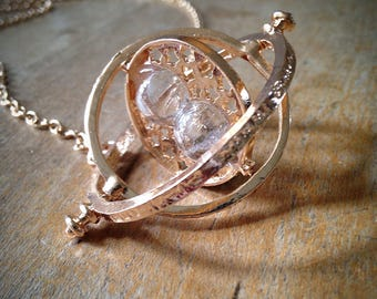 Vintage Style Gold Sand Timer Hour Glass Hourglass Necklace - Turn Style Orb Pendant & Chain
