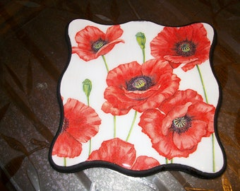 "Trivet, ""poppies"" collection"