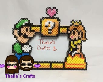 Luigi and Daisy picture frame. Videogame photo frame. Couples picture frame. Gamers, 8 bit themed picture frame.