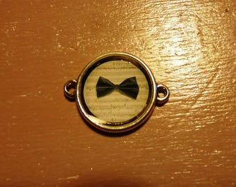 Cabochon on music notes bowtie