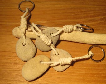 Set of 4 keychains Pebble - Deco / gift
