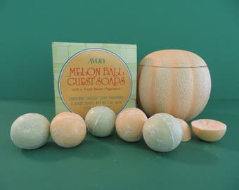 Old Avon Melon Ball Guest Soap with box and 6 soaps 1973