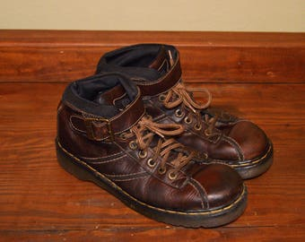 Men US 11 UK 10 Vintage Dr Martens Airware Brown Leather Boots