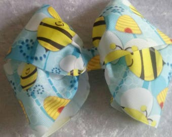 Bumble bee bouquet bow, jojo Bow, giant bow.