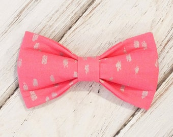SALE Pink with Silver Dots Dog Bow Tie, Cat Bow Tie, pet bow tie, collar bow tie, wedding bow tie