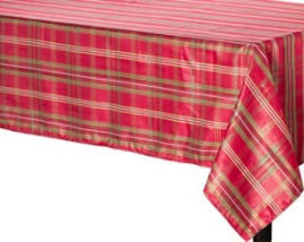 Metallic Traditional Red Holiday Plaid Fabric Tablecloth   Table Cover    Holiday Tablecloth   Beautiful To