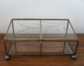 Vintage Etched Flower Brass Tone and Glass Divided Jewelry Ring Box Display Box