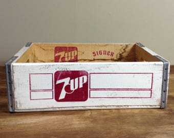 Vintage 7UP Wood Crate 1980's / Rustic Seven Up Crate