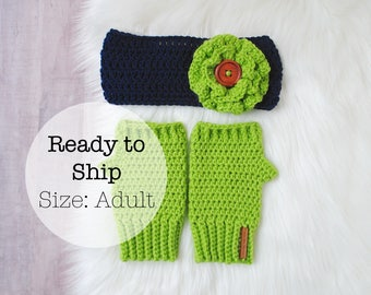 READY TO SHIP: Christmas Gift for Her, Teen Christmas Gift, Christmas Gift for Mom, Seahawks Mittens, Seahawk Knitwear, Seahawk Gift for Her