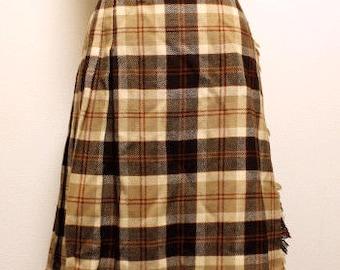 70s vintage Scottish kilt skirt made in scotland