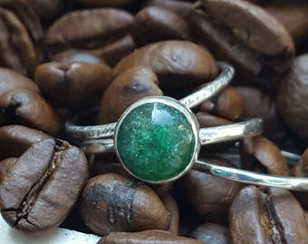 sterling silver green Aventurine stacking ring set for women, green birthstone stack ring set, textured stackable ring set, plus size avail