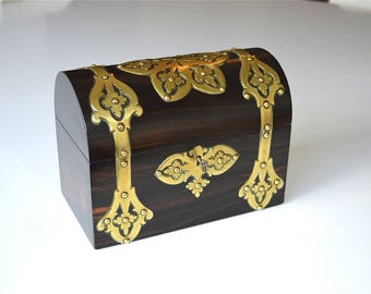 Beautiful original Victorian English antique brass bound Coromandel box dome top casket with key Gothic Revival circa.1870