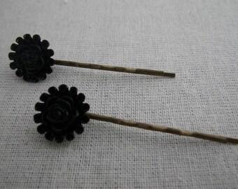 Barrettes003 - Set of 2 black flower hair pins