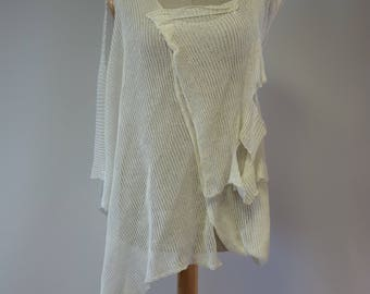 The hot price, Summer boho off-white linen blouse, M size.