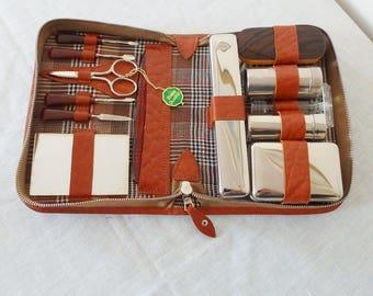 Vintage W. Germany Travel Shaving Grooming Kit Unusual Plastic Razor & Reine Borsten