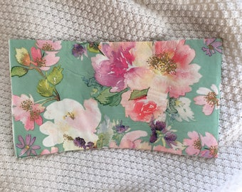 Blossom whispers.Paper napkin for decopage. 3 ply. 7 7/8' per rectangle, open it us 15 3/4' x 13'. there are 6 rectangles. Order is for 2 na