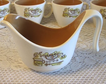Country Cupboard Taylor Smith Taylor Creamer, Rare 1950s Yellow and Brown Kitchen Decor Gravy Boat