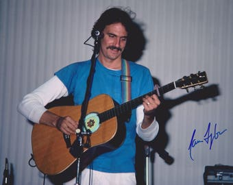 James Taylor Vintage Original Hand Signed 8X10 Autograph Photo