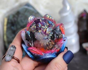 Orgonite® - Lotus Flower - Handmade - Orgone Generator® - Orgone Energy - Crystals - Gift - Quartz - EMF Protection - Yoga - HoodXHippie